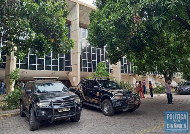 A PF estacionou foi cedo na SESAPI, investigada em contratos suspeitos de fraude (foto: Jailson Soares   PoliticaDinamica.com)