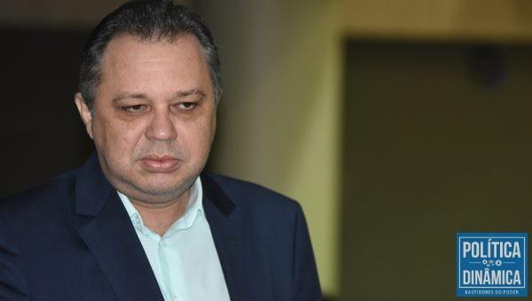 Florentino Neto afirma que o estado cumpre todas as decisões judiciais (Foto:JailsonSoares/PoliticaDinamica.com)