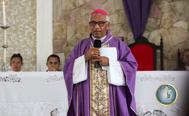Bispo da Diocese de Parnaíba critica postura do padre (Foto: Divulgação/Diocese de Parnaíba)