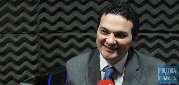 16ab8d2bf73 Celso volta a disputar uma eleição de presidente após romper com o grupo de  Chico Lucas
