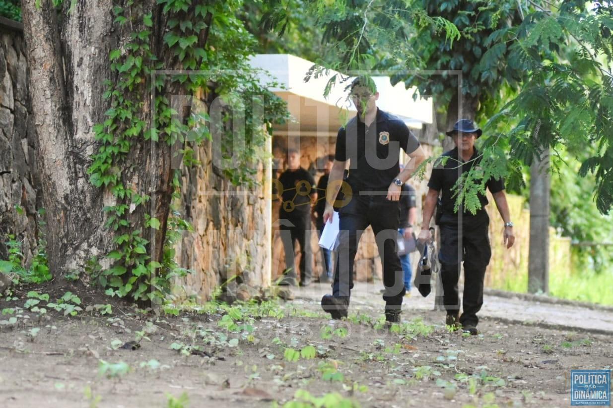 VÍDEO EXCLUSIVO: PF ARROMBA CASA DE CIRO Marcos Melo