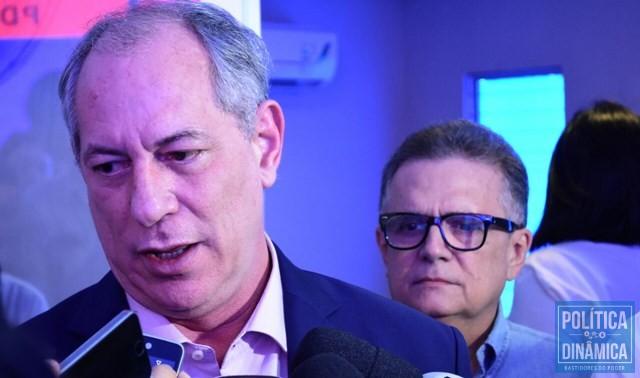 Ciro prestigiou evento do PDT em Teresina (Foto: Jailson Soares/PoliticaDinamica.com)