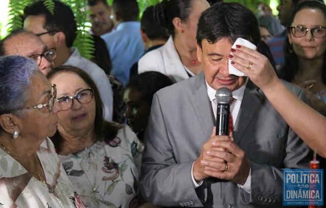 7179057ea2c4c1 Suor de W.Dias foi enxugado por Rejane (Foto: Jailson  Soares/PoliticaDinamica