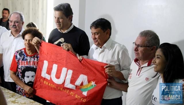fd683aeeb Haddad cumpre agenda política no Piauí (Foto  Gustavo  Almeida PoliticaDinamica.com)
