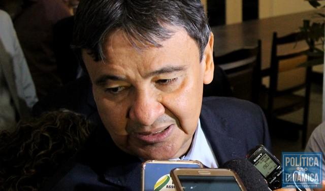98c4c13113e Governador determina cortes de despesas (Foto  Jailson  Soares PoliticaDinamica.com)