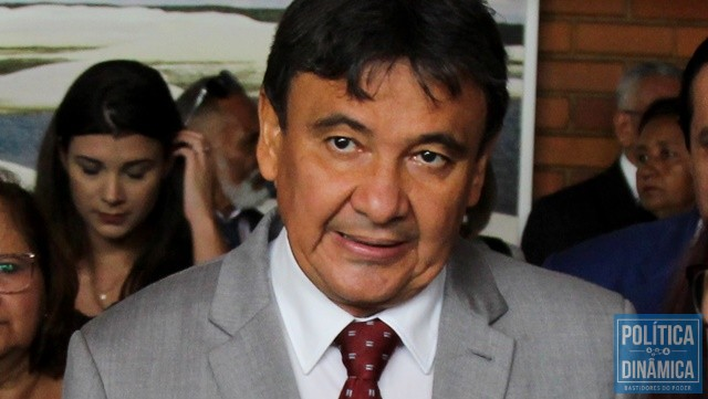 oposiÇÃo quer barrar posse do governador gustavo almeida