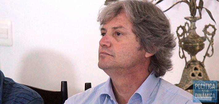 Guilherme Correia representava o presidente da Caixa Gilberto Occhi durante o evento em que declarou não haver perseguição contra a gestão de Wellington (foto: Marcos Melo | PoliticaDinamica.com)