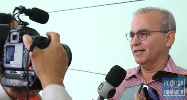 O EXCESSO QUE ATRAPALHA - Gustavo Almeida - Política Dinâmica