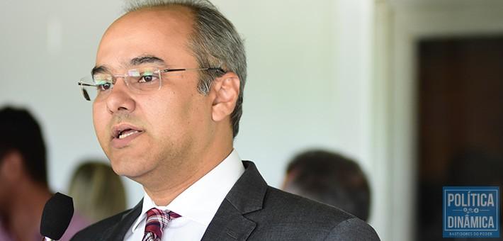 O parlamentar tucano alega que pelo interior do estado as pessoas já se cansaram de ser enganadas com promessas de Wellington Dias (foto: Jailson Soares | politicaDinamica.com)