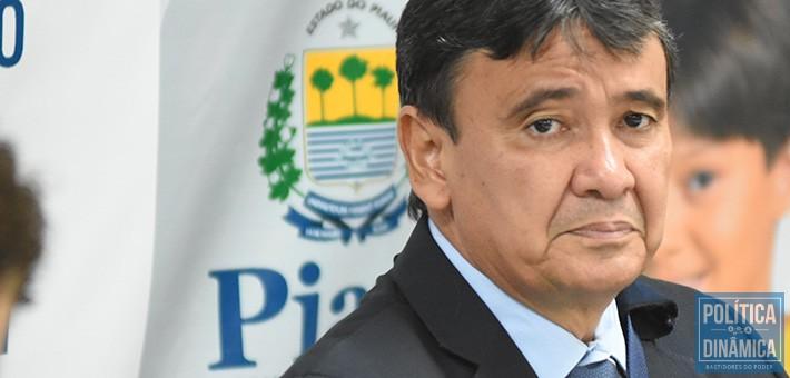 5890c8ac5c214 RISCO DE SALÁRIO ATRASADO - Marcos Melo - Política Dinâmica