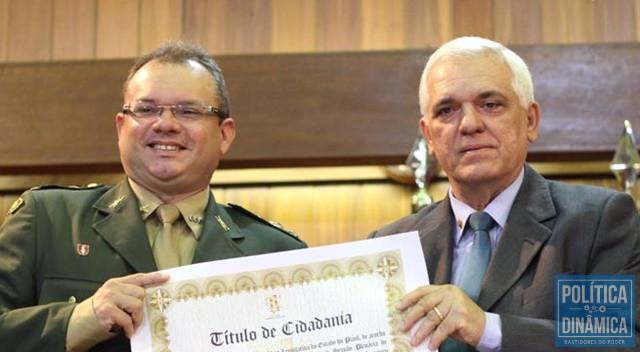 Nixon entrou na política do Piauí pelas mãos de Themístocles Filho (Foto: Divulgação/Alepi)