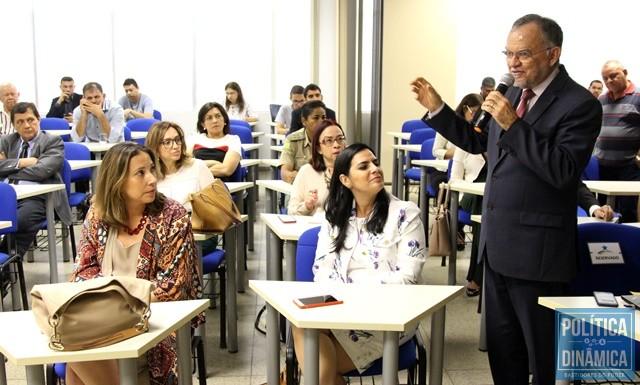 86d7f14eb PM'S VÃO DEIXAR ÓRGÃOS PÚBLICOS E VOLTAR ÀS RUAS - Gustavo Almeida ...