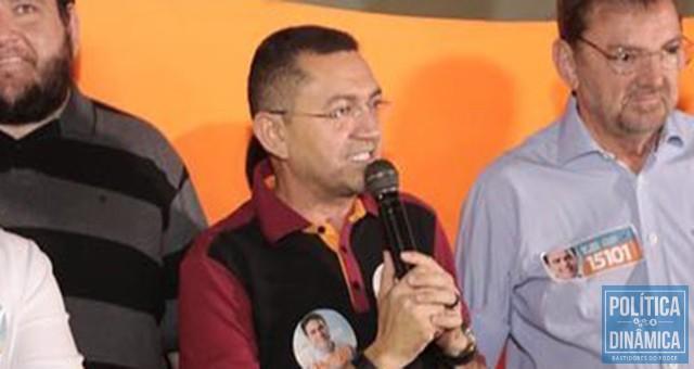 5aca7edea Prefeito de Picos anuncia apoio a Wilson Martins, candidato a senador da  oposição ao governador