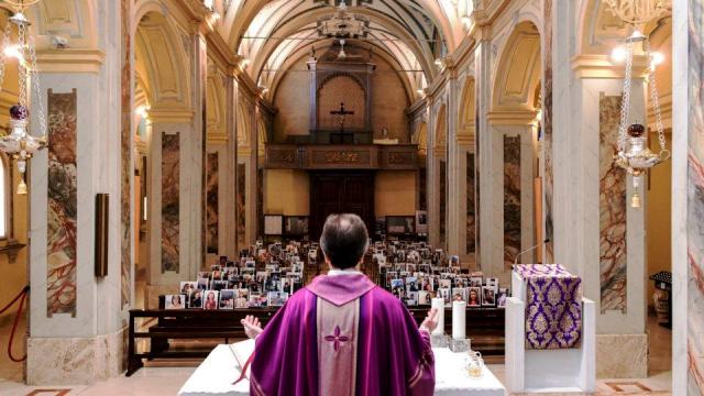 Vaticano quer padres fora da política partidária (Foto: Piero Cruciatti/AFP)