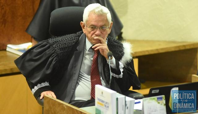 Presidente do TRE vai desempatar questão (Foto: Jailson Soares/PoliticaDinamica.com)
