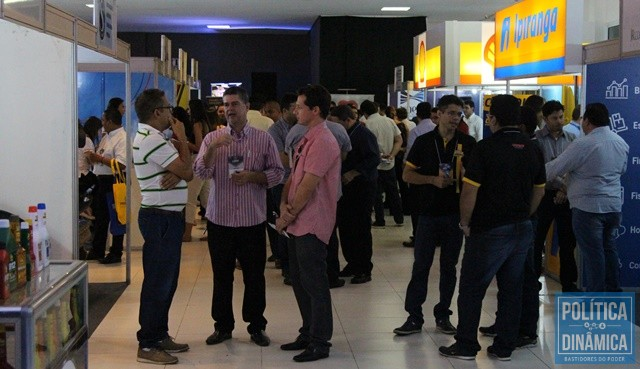 reputable site cc916 6d5e9 Evento reuniu empresários do setor (Foto  Jailson  Soares PoliticaDinamica.com)
