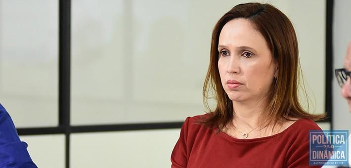 As polêmicas em torno de Viviane Moura devem fazer o Governo do Estado ser questionado por todo documento, parecer e decisão que leva sua assinatura (foto: Jailson Soares | PoliticaDinâmica.com)