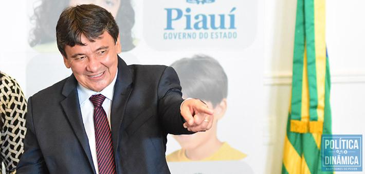 RISCO DE SALÁRIO ATRASADO Marcos Melo Política Dinâmica