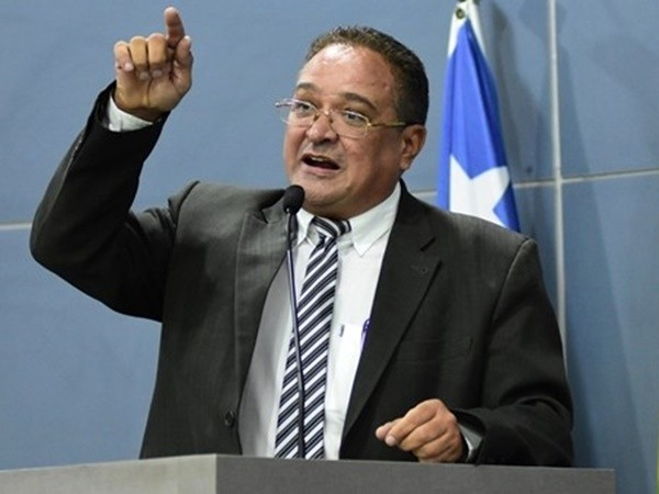 b342ae1650 VOTAR NÃO É APOIAR - Gustavo Almeida - Política Dinâmica