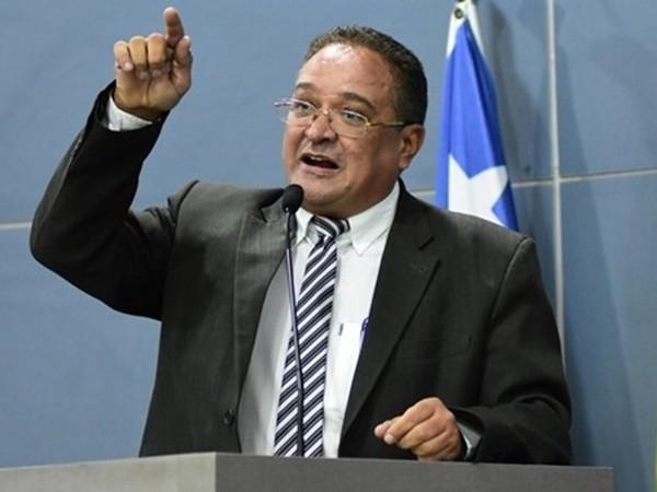76aaad930 VOTAR NÃO É APOIAR - Gustavo Almeida - Política Dinâmica