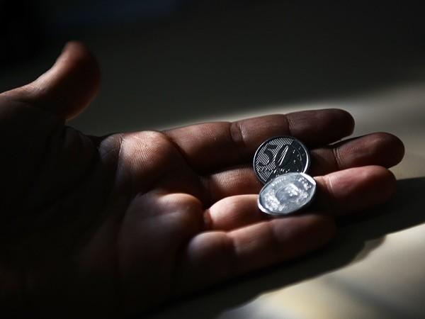 Milhões Crise Entraram Em De Política 15 Dinâmica Famílias dBeCxro