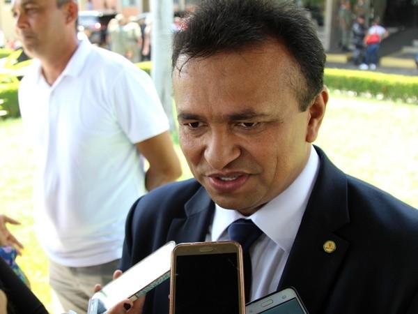 005d87913a6a ELE SABE QUE É FORTE - Gustavo Almeida - Política Dinâmica
