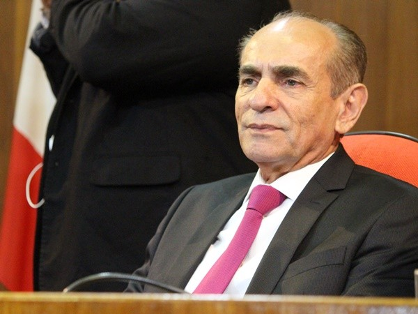 """fefc9cdd ELES NÃO MERECEM ISSO"""" - Gustavo Almeida - Política Dinâmica"""