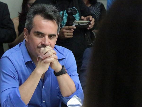 4bfc4798b8 ABANDONADO POR W.DIAS, CIRO CRITICA THEMÍSTOCLES - Marcos Melo - Política  Dinâmica