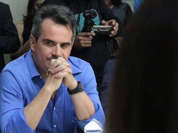 d2115d8cf1ac ABANDONADO POR W.DIAS, CIRO CRITICA THEMÍSTOCLES - Marcos Melo - Política  Dinâmica