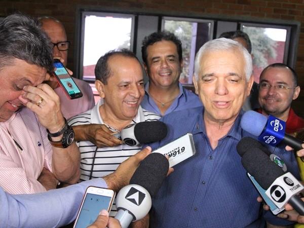 Dia Nem Gustavo De Ontem Política Almeida Dinâmica Existiu O TlKcJ31F