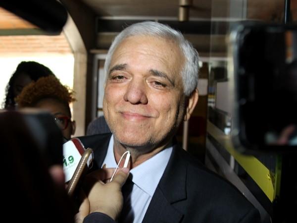 """7d32ed97c THEMÍSTOCLES NA """"POLE POSITION"""" - Gustavo Almeida - Política Dinâmica"""